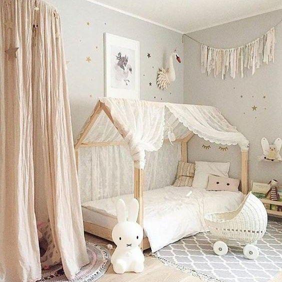 Lit cabane : Une meilleure idée pour décorer la chambre d'un enfant